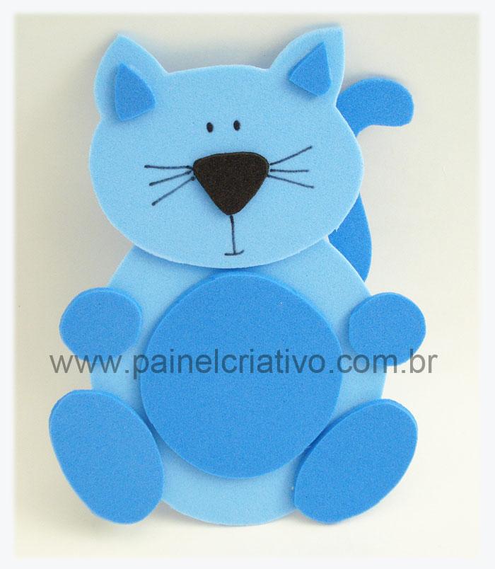 Veja um modelo de gatinho feito com eva para ultizar em decoração de